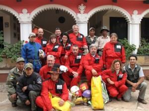Gruppo Jurassic Cave con i ragazzi del SERNAP ed il presidente