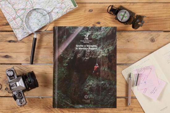 Libro grotte e voragini di Martina Franca