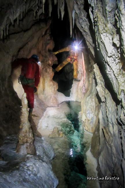 L'uomo domanda la grotta risponde convegno a Bossea
