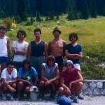 Susanna, terza da sinistra in basso, con altri giovani della CGEB, agosto 1982 Canin