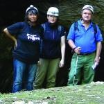 Susanna a sinistra della foto, alla Grotta Azzurra (TS)