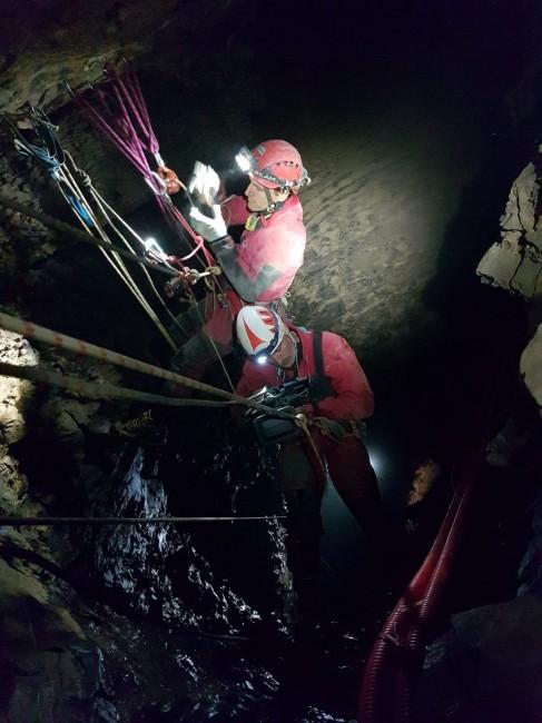Bueno Fonteno grotta
