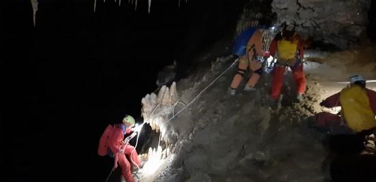 Grotta Su Bentu - Oliena.  Operazioni di riarmo